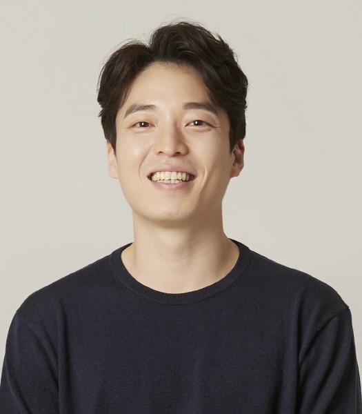 Kim Doo-Bong (1982)