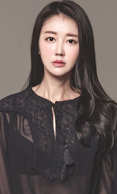 Kim Hwa-Yeon (actress)