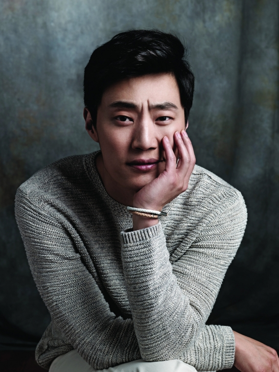 Lee Hee-Joon (1979)