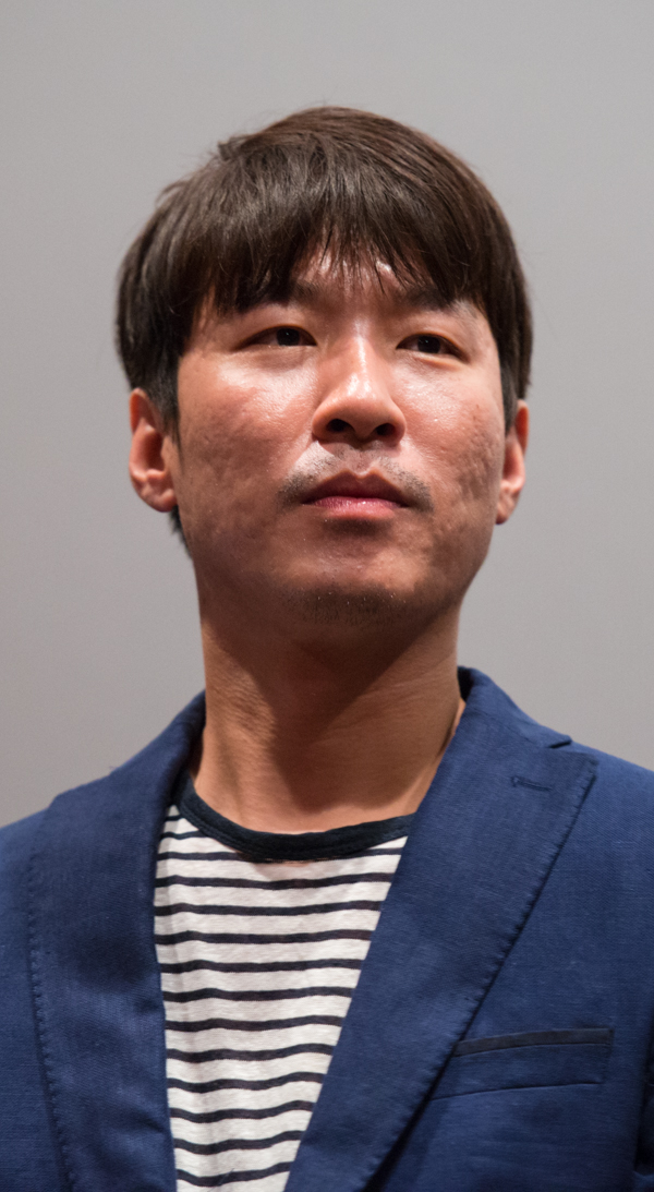 Lee Kyung-Sub (director)
