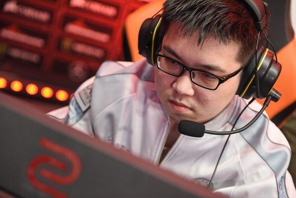 Zhou Yi
