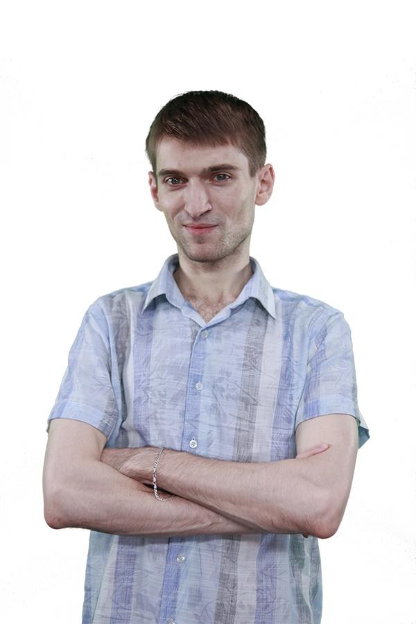 Maksim Starovoitov
