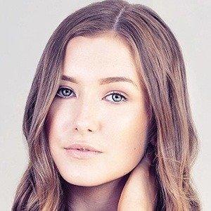 Hannah Renee net worth